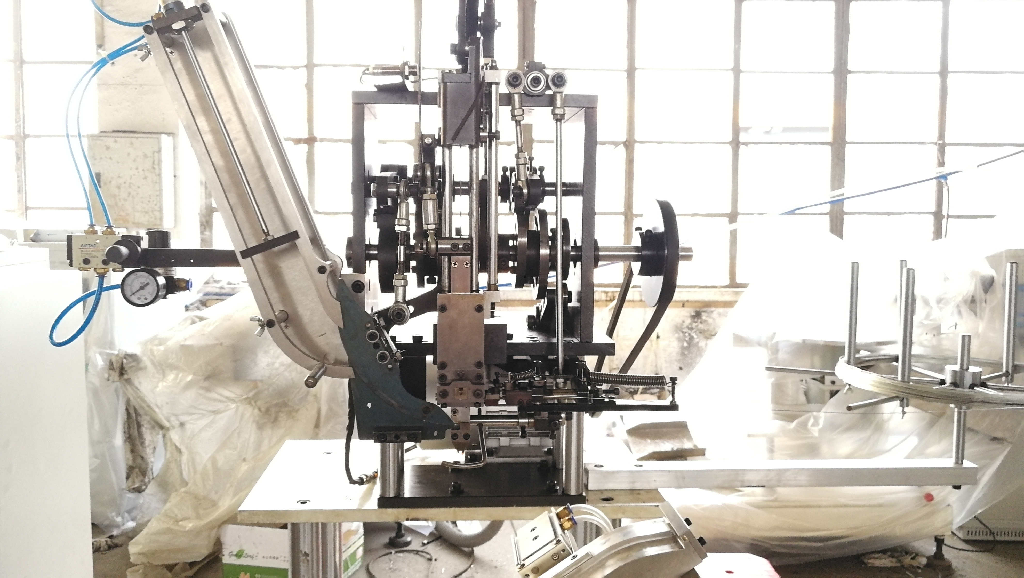 3 axis tufting machine for broom